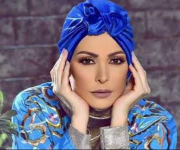 أمل حجازي تؤدّي مناسك العمرة-بالصورة