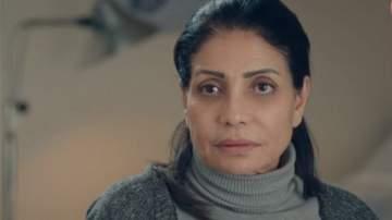 """سوسن بدر والدة تامر حسني في """"مش أنا"""""""