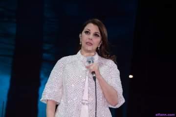 """ماجدة الرومي تقدم """"الأرض ستبقى عربية"""" في تحدي القراءة العربي..بالفيديو"""