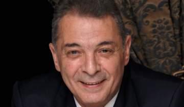 محمود حميدة يفوز بجائزة أفضل ممثل في مهرجان كازان السينمائي