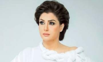 غادة عبد الرازق تخفق في تعديل صورها بالفوتوشوب- بالصور 