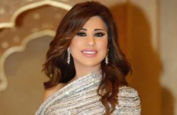 نجوى كرم تعلن تأجيل حفلها في الأردن لهذا السبب