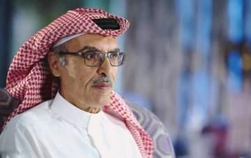 """الأمير الشاعر بدر بن عبد المحسن مكرّم في """"نصف قرن والبدر مكتمل"""""""