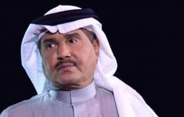 محمد عبده يؤجّل حفله في دبي بعد وفاة شقيقه