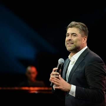وائل كفوري يخطف الانظار بعفويته في حفل عيد ميلاده - بالفيديو