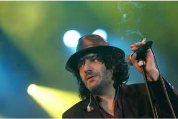 وفاة الفنان الجزائري رشيد طه صاحب أغنية