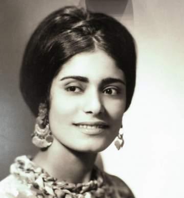 عائشة إبراهيم تزوّجت من لبناني.. والغزو العراقي منعها من تلقي العلاج من مرض السرطان