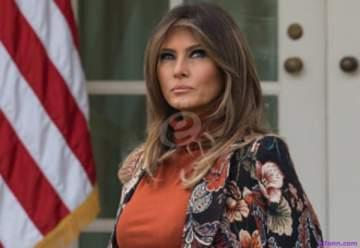 عبارة على معطف ميلانيا ترامب تثير غضباً واسعاً..شاهدوا ماذا كُتب عليه-بالفيديو