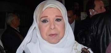 ماذا قالت مديحة حمدي عن حقيقة إرتدائها الحجاب بسبب خوفها من الزلزال؟