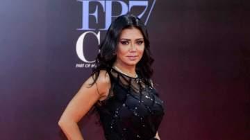 """رانيا يوسف تواصل تصوير """"الآنسة فرح"""" في الغردقة"""