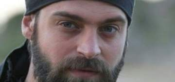 خاص - وفاة المخرج خالد حصوة يعيد نجله إلى دمشق