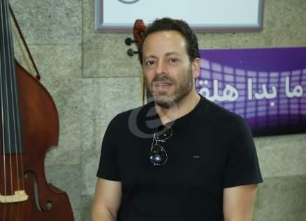 خاص وبالفيديو- هذا ما قاله بديع أبو شقرا عن النجم اللبناني وهكذا علّق على المساعدة التي قدمها غيث لـ أبو سليم