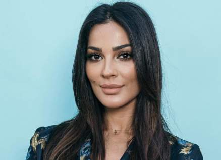 """نادين نسيب نجيم أجمل ممثلة لبنانية بحسب إستفتاء """"الفن"""""""