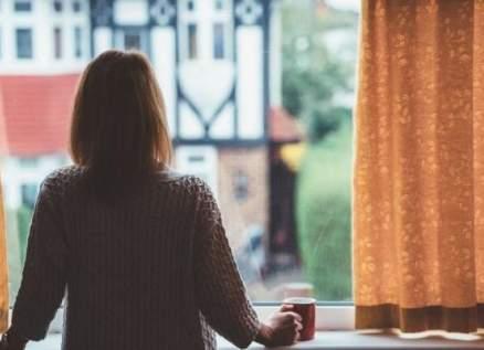 وضع نجمة عالمية في الحجر النفسي بعد تهديدها بالإنتحار