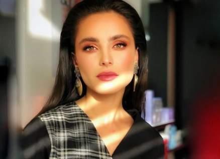 """ليا بو شعيا: باسل خياط جعلني مرتاحة في """"النحات""""...وأحب رلى حمادة وكارمن لبس"""