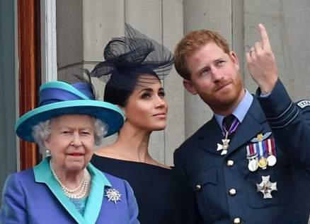 رغم إتهامات ميغان ماركل للعائلة الملكية.. الملكة إليزابيث الثانية تصدم الجميع بهذه الخطوة - بالصورة