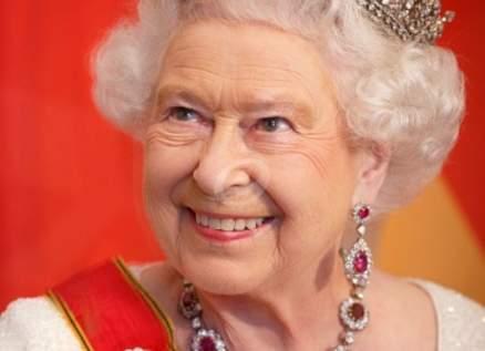 الملكة إليزابيث الثانية تعاود نشاطها الملكي بعد 4 أيام من وفاة زوجها