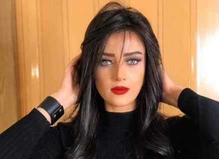 تعليق من رضوى الشربيني بعد إصابة زملائها بفيروس كورونا