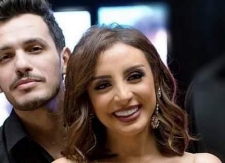 شاهدوا رد فعل أحمد إبراهيم زوج أنغام بعد سؤال محرج من معجبة-بالفيديو