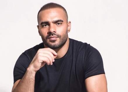 جوزيف عطية يتطوع لمساعدة المتضررين من إنفجار بيروت.. بالفيديو