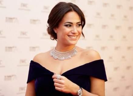 بالصورة- هند صبري تعلّق على فوزها بجائزة النقاد للأفلام العربية