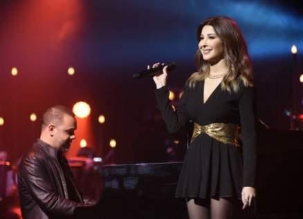 """نانسي عجرم تفي بوعدها وتغني لـ جيجي لامارا """"أهلا وسهلا بالأحباب""""-بالفيديو"""