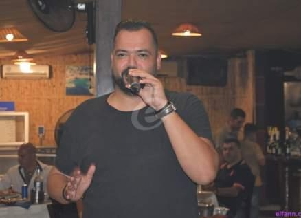 خاص بالصور- فادي بدر يحيي سهرة ممتعة ويغني أجمل الأعمال