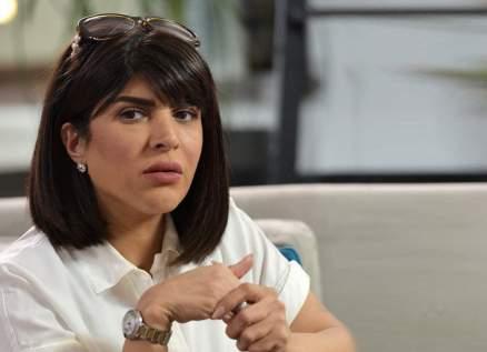 غدير السبتي تزور أمل عباس في المستشفى وتكشف وضعها الصحي-بالفيديو