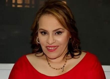 نادية العراقية بوضع صحي دقيق..وابنها يقول :مفيش غير الدعاء عشان ترجع لنا تاني