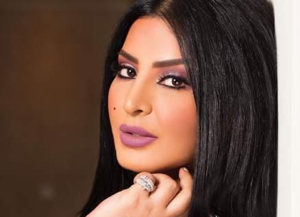 ريم عبد الله تضع الحناء على شعرها وتثير الجدل-بالفيديو