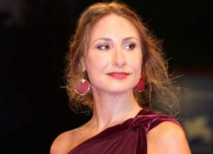 ديامان بو عبود مبدعة في التمثيل منذ عشرين عاماً.. وتجاهلها دليل انعدام المهنية