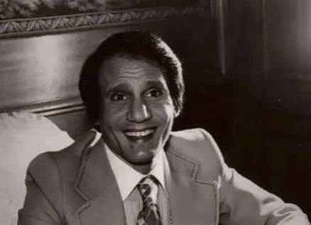 صورة نادرة لـ عبد الحليم حافظ في أيامه الأخيرة على فراش المرض