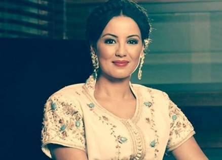 """سناء عكرود أثارت الجدل بمشاهدها الحميمة مع محمود حميدة.. وحقيقة إصابتها بـ""""مس من الجن"""""""