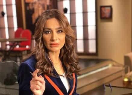 خاص بالفيديو- بسمة وهبة تتعرض لموقف محرج في حفل مهرجان الفضائيات العربية وتغادر