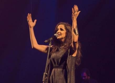 """تانيا صالح تستعد لطرح ألبوم """"عشرة م"""""""