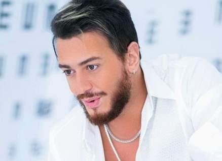 سعد لمجرد و غيره من الفنانين المغاربة يؤدون النشيد الوطني ويدعمون صمود مواطنيهم-بالفيديو