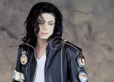 كشف أسرار جديدة عن تشريح جثة مايكل جاكسون