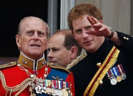 الأمير هاري يعود لبريطانيا بعد تخليه عن مهامه الملكية لحضور جنازة الأمير فيليب