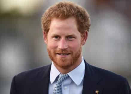 الامير هاري لم يلتق احداً من العائلة منذ عودته الى الاراضي البريطانية