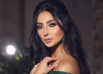 ليلى أحمد تسخر من شكل نور الغندور.. بالفيديو