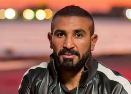 أحمد سعد يتحدث عن موعد الإحتفال بخطوبته ويغازل حبيبته-بالفيديو