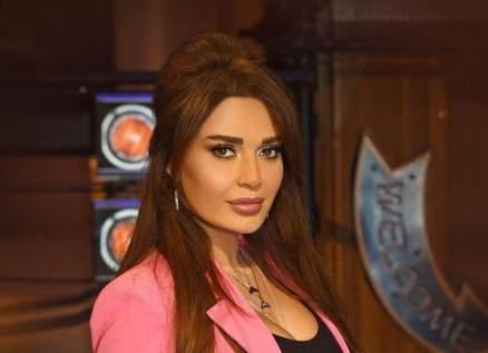 بعد إتهامها بالعنصرية.. سيرين عبد النور ترد وتضع حداً للأقاويل
