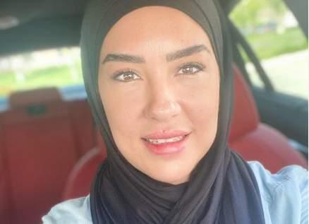 مي فخري توضح سبب اعتزالها التمثيل وارتدائها الحجاب