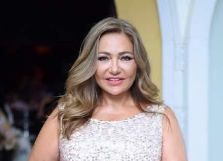 ليلى علوي تنشر صورتها من الطفولة..فرق كبير بين الأمس واليوم!!