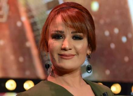 حنان الشقراني إختلفت مع منال عبد القوي.. وأثارت الجدل في جنازة الباجي قائد السبسي