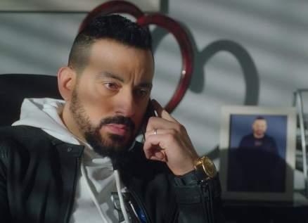 """محمد دياب يكشف حقيقة مشاركته في """"نسل الأغراب"""" مع أمير كرارة وأحمد السقا-بالفيديو"""