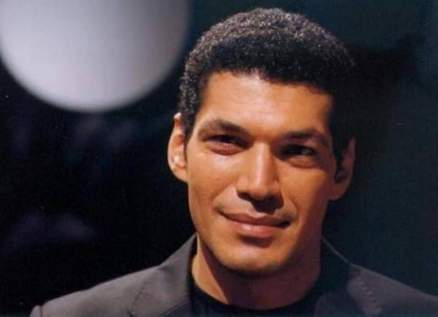 """خاص الفن- باسم سمرة يصور مشاهده في """"بنت السلطان"""""""