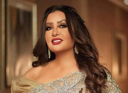 لطيفة التونسية ترحب بالرئيس التونسي في مصر