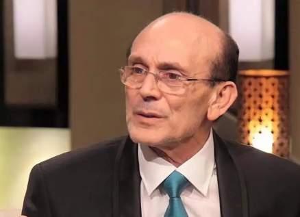 محمد صبحي عاش صدمة وفاة زوجته.. وماذا عن خلافه مع عادل إمام؟