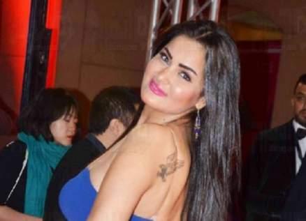 سما المصري ترقص أمام سريرها-بالفيديو